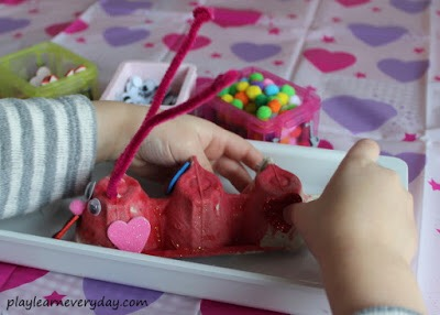 Love Bugs Valentine's Day Crafts - Idea from Play Learn Everyday